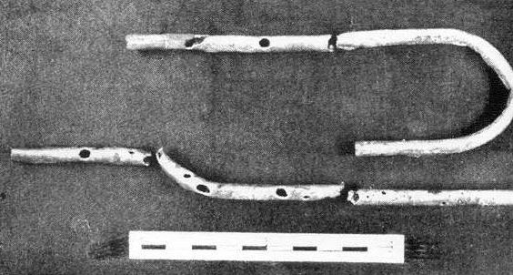 Excavated Fragments of the Silver Double-Flute of Ur